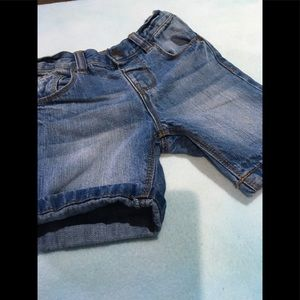 Boys jean shorts size 12-18 months